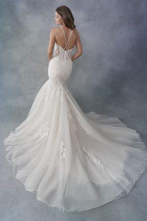 kenneth-winston-1800-wedding-dress