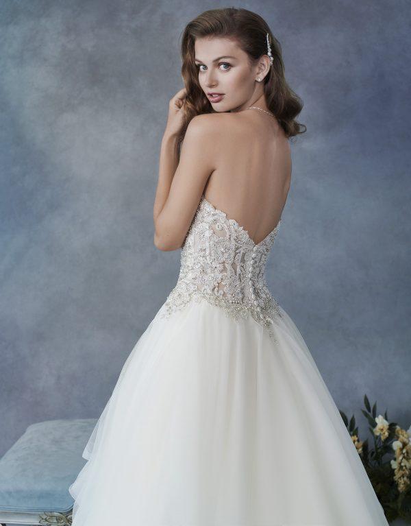 kenneth-winston-1826-wedding-dress