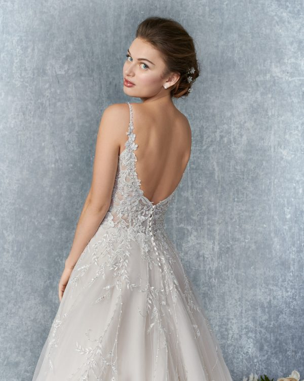 kenneth-winston-1838-wedding-dress