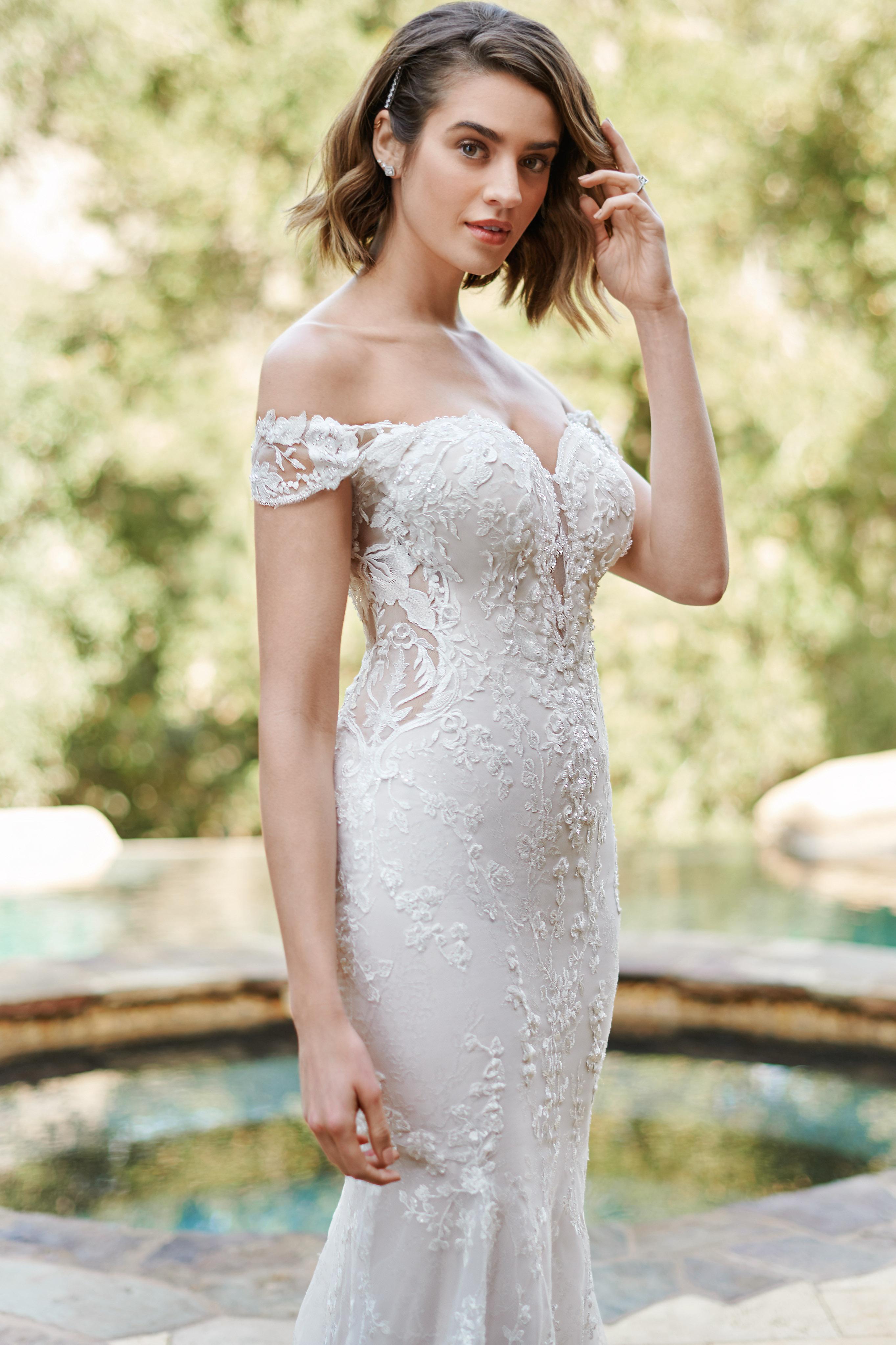 kenneth-winston-1889-wedding-dress