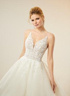 Madeline-Gardner-New-York-51747-wedding-dress-marisol