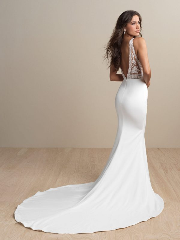 abella-bride- e152-wedding-dress