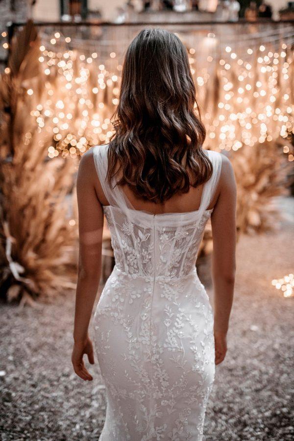 abella-bride-e1548-wedding-dress