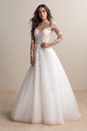abella-bride-e159-wedding-dress