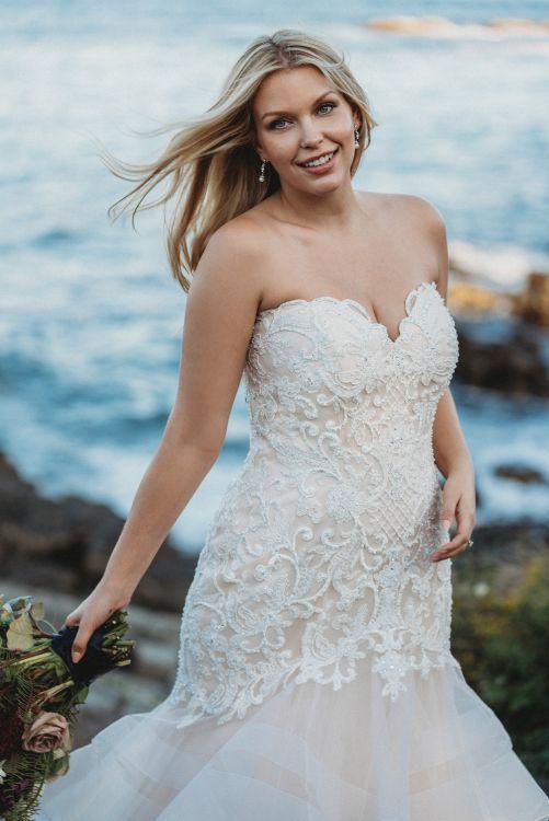 allure-bridals-w444-wedding-dress